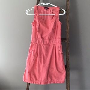 GAP peach colored dress with pockets